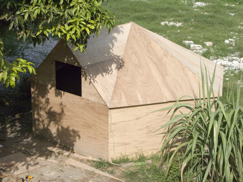 2010 & The Hexayurt Project: Free Hardware housing for the world